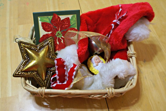 /Montessori Christmas Activities for Babies - Christmas Treasure Basket.