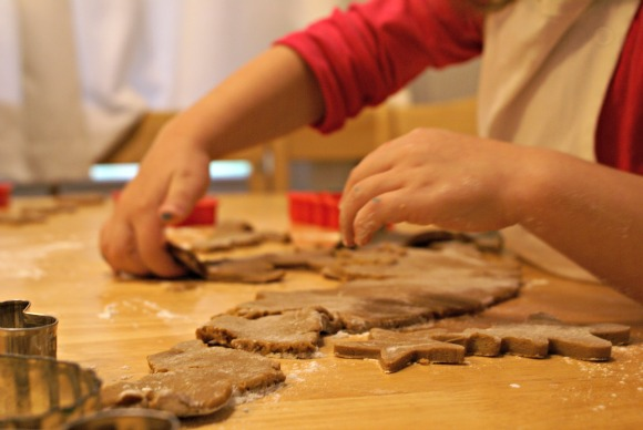 Jan Brett's Gingerbread Friends & Gingerbread Cookie recipe for cooking with kids in the kitchen.